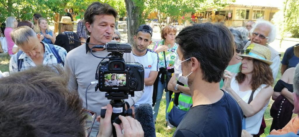 En Avignon: cité des contestataires!